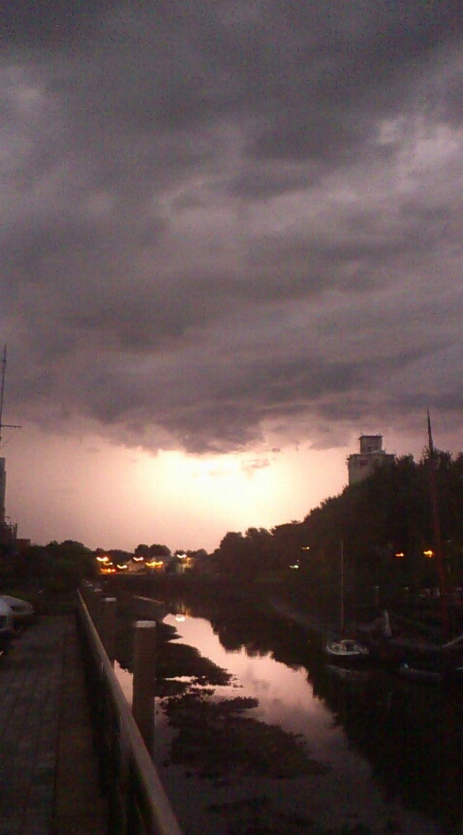 Thunder & lightning above #zierikzee