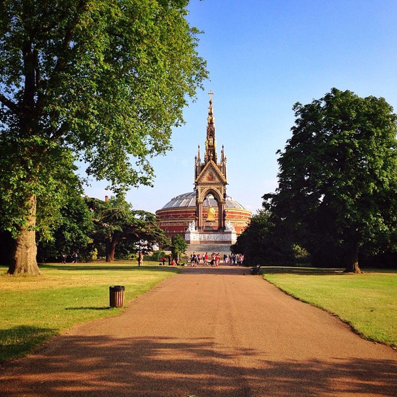 Albert Memorial and Royal Albert Hall from #kensington_gardens ☀️???☀️??#alan_in_london #gf_uk #gang_family #igers_london #insta_london #london_only #thisislondon #ic_cities #ic_cities_london #ig_england #love_london #gi_uk #ig_london #londonpop #allsho Alan_in_london Insta_london Thisislondon Gi_uk Igers_london Park Ig_england Albert Love_london Memorial Ic_cities_london Royal Ig_london Gang_family Aauk Kensington Londonpop Yourturnbritain Allshots_ Kensington_gardens London_only Ic_cities Gf_uk