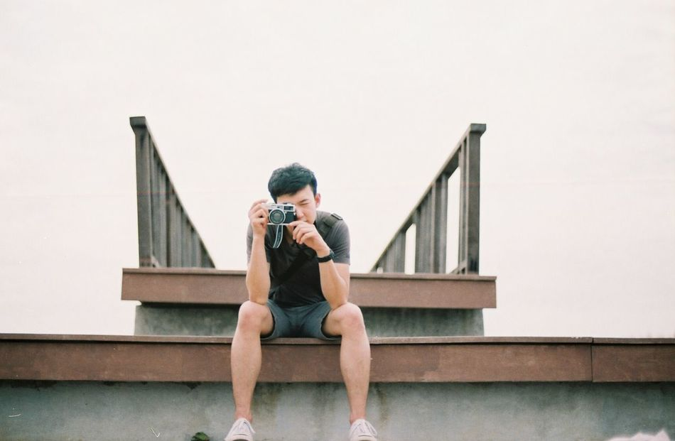 EyeEmNewHere Sitting Wireless Technology One Man Only Steps Front View Full Length City Life Staircase Life Eyeemphoto Natural Light Lifestyles Eyemphotography Filmisnotdead Filmphotographer Feeling Social Issues Life In Motion Nature Inthemoment Analogphotography Analog Lighting Artistic The Secret Spaces