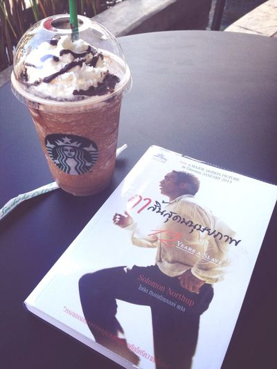 Peppermint mocha and a good book :) Books Starbucks Relaxing Enjoying Life