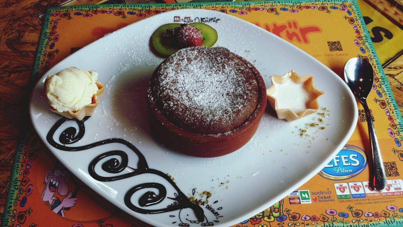 Dessert Leman Kültür Sufle  Yum Yum