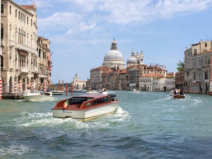 Architecture Building Exterior Water Transportation Beautiful Location 💕 Venice 💕 Religion Mode Of Transport Sky Nautical Vessel Spirituality Dome Cloud - Sky Place Of Worship Day Waterfront City Outdoors Travel Destinations No People EyeEm Selects