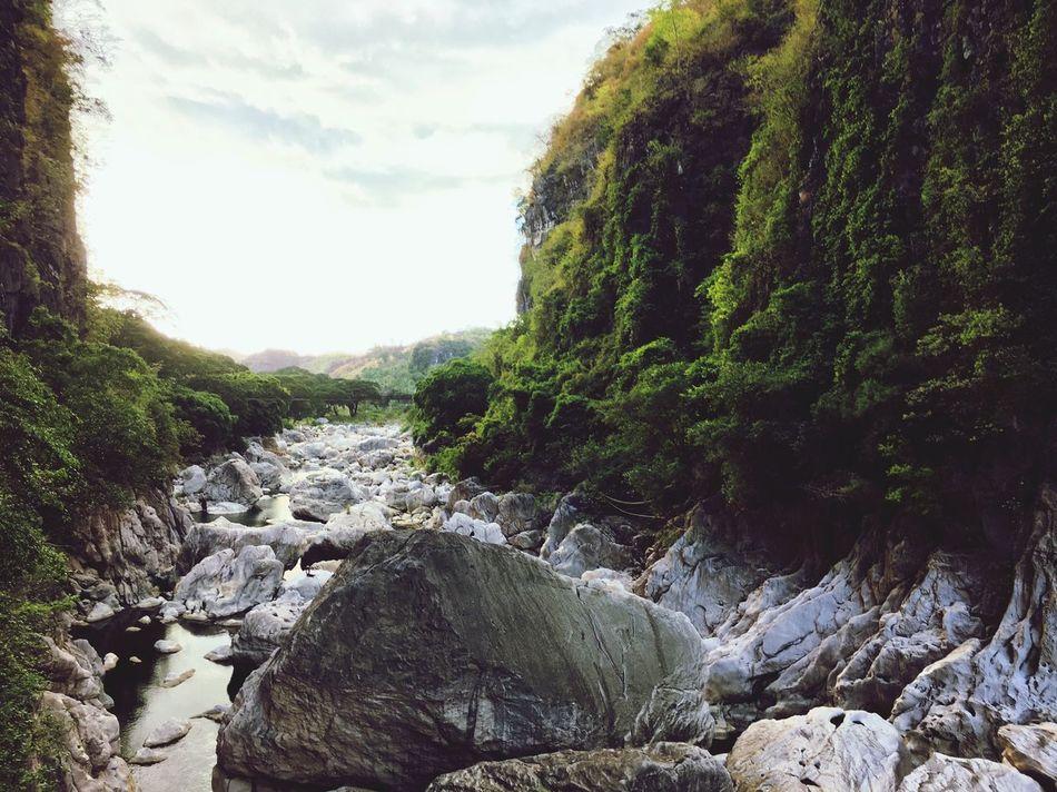 Mountain Nature Rock - Object Waterfall River Rizal wawa dam Tree Outdoors Beauty In Nature Sky Day No People (null)Wawa Dam Wawa Dam Rodriguez, Rizal Philippines First Eyeem Photo EyeEmNewHere