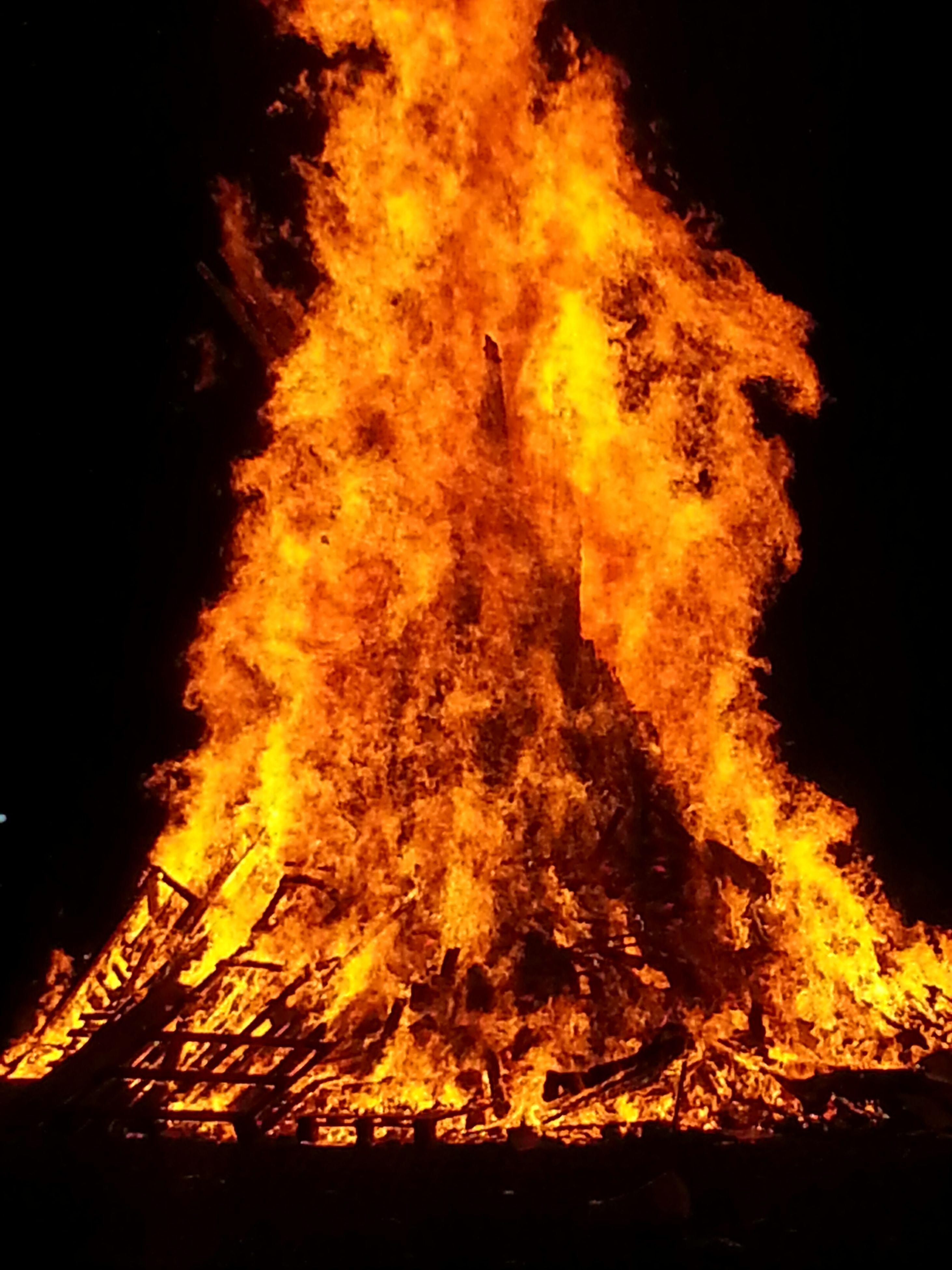 night, burning, fire - natural phenomenon, flame, heat - temperature, glowing, yellow, illuminated, long exposure, motion, orange color, dark, bonfire, fire, light - natural phenomenon, campfire, close-up, no people, outdoors, abstract