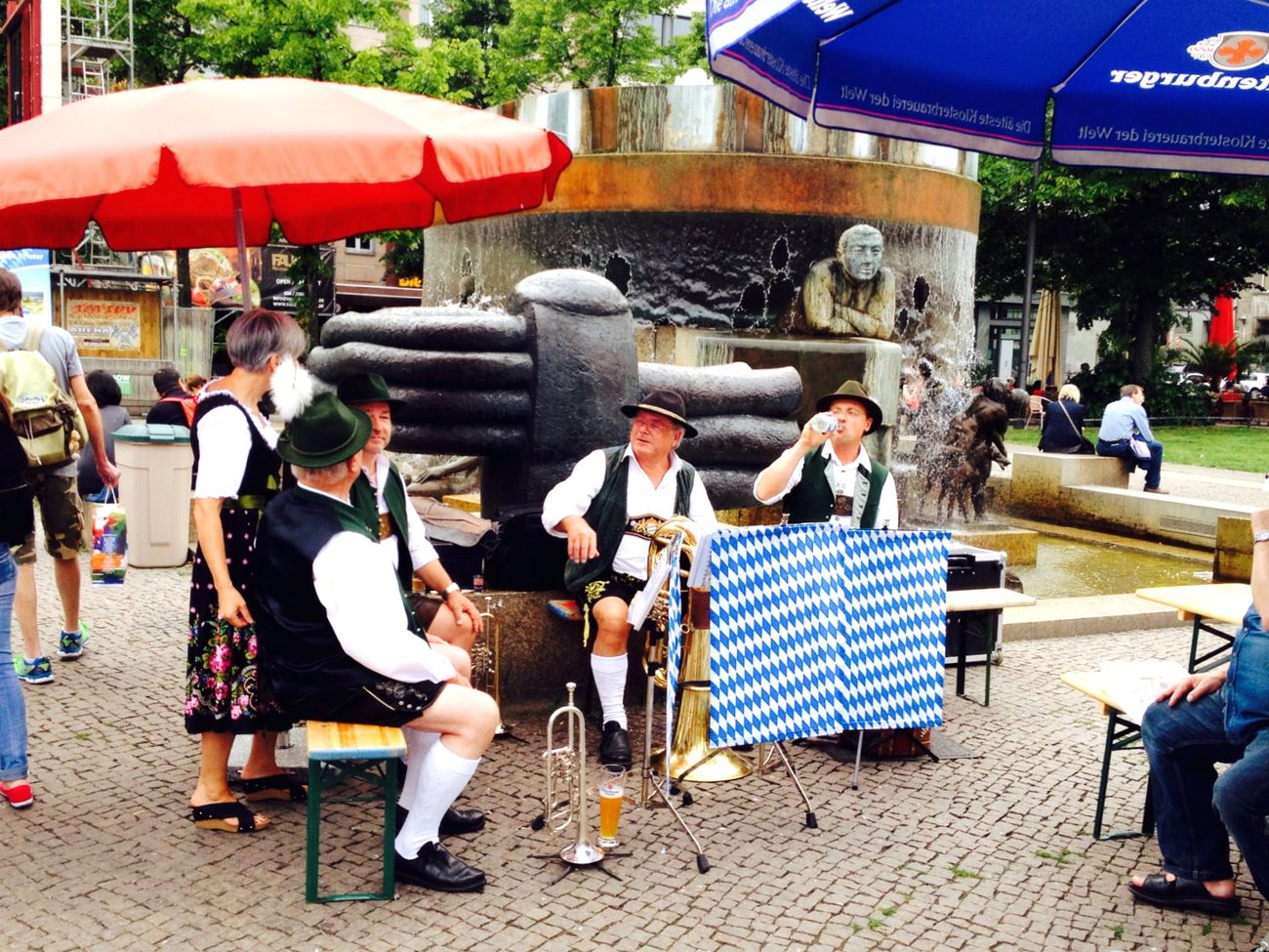Walking Around Taking Photos Funny What You See Sometimes is this really My Berlin  Live Music Bavarian Tradition