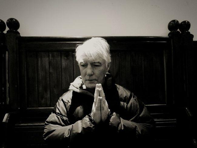 One Person Adult Church Praying Praying Time Praying Hands Church Pew HuaweiP9 Huawei P9 Leica Huaweiphotography HuaweiP9Photography