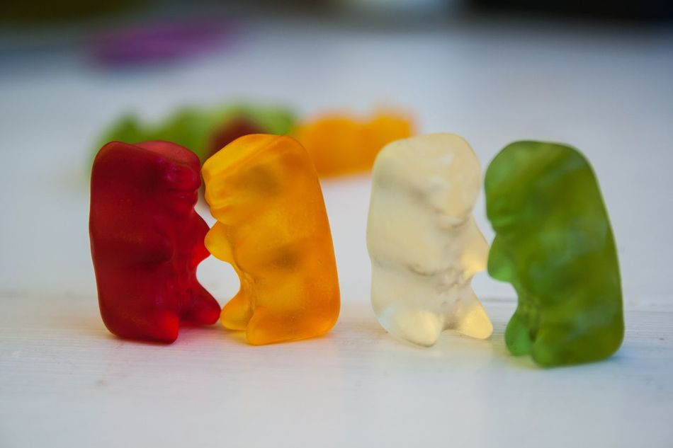 Beautiful stock photos of teddy bear, Animal Representation, Bear, Besitz, Candy
