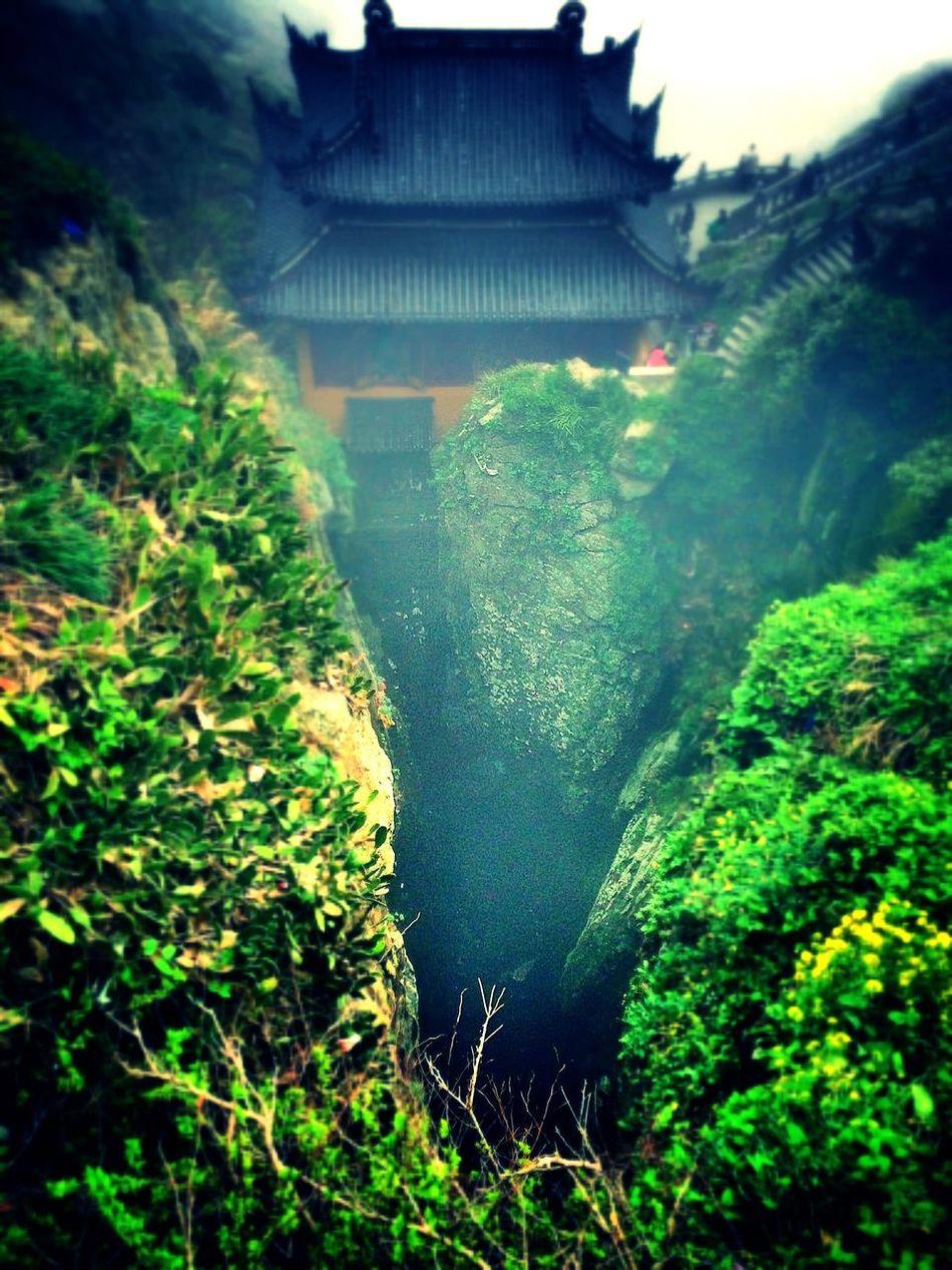 古剎幽洞 gǔ shà yōu dòng Green Color Built Structure No People Nature Tree Water Growth Architecture Plant Outdoors Beauty In Nature Day Building Exterior Scenics Stream - Flowing Water Beauty In Nature