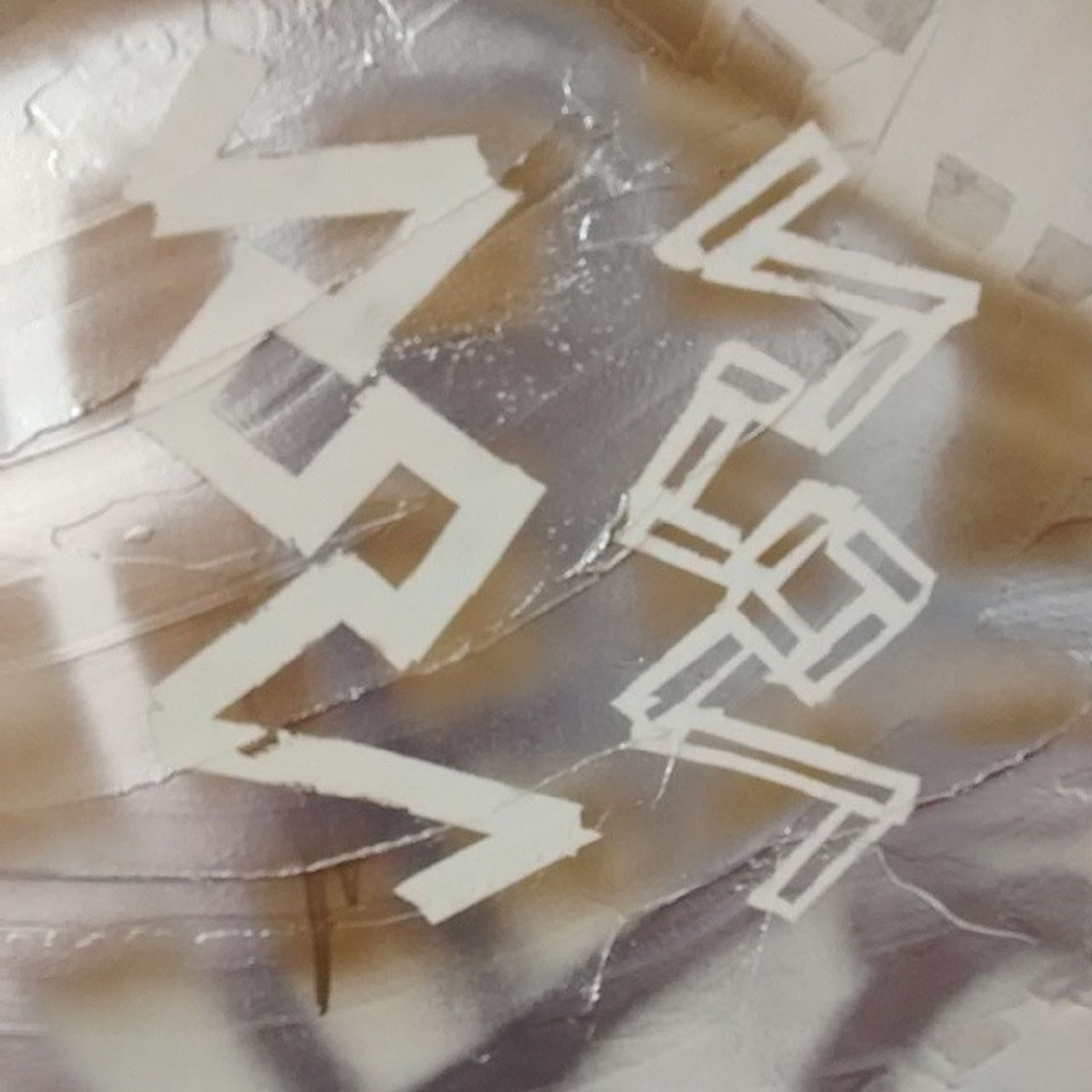Grafitt Jrsrj Portoseguro Espacomacunaima estelachaves art kunst white golden silver bliss thanks