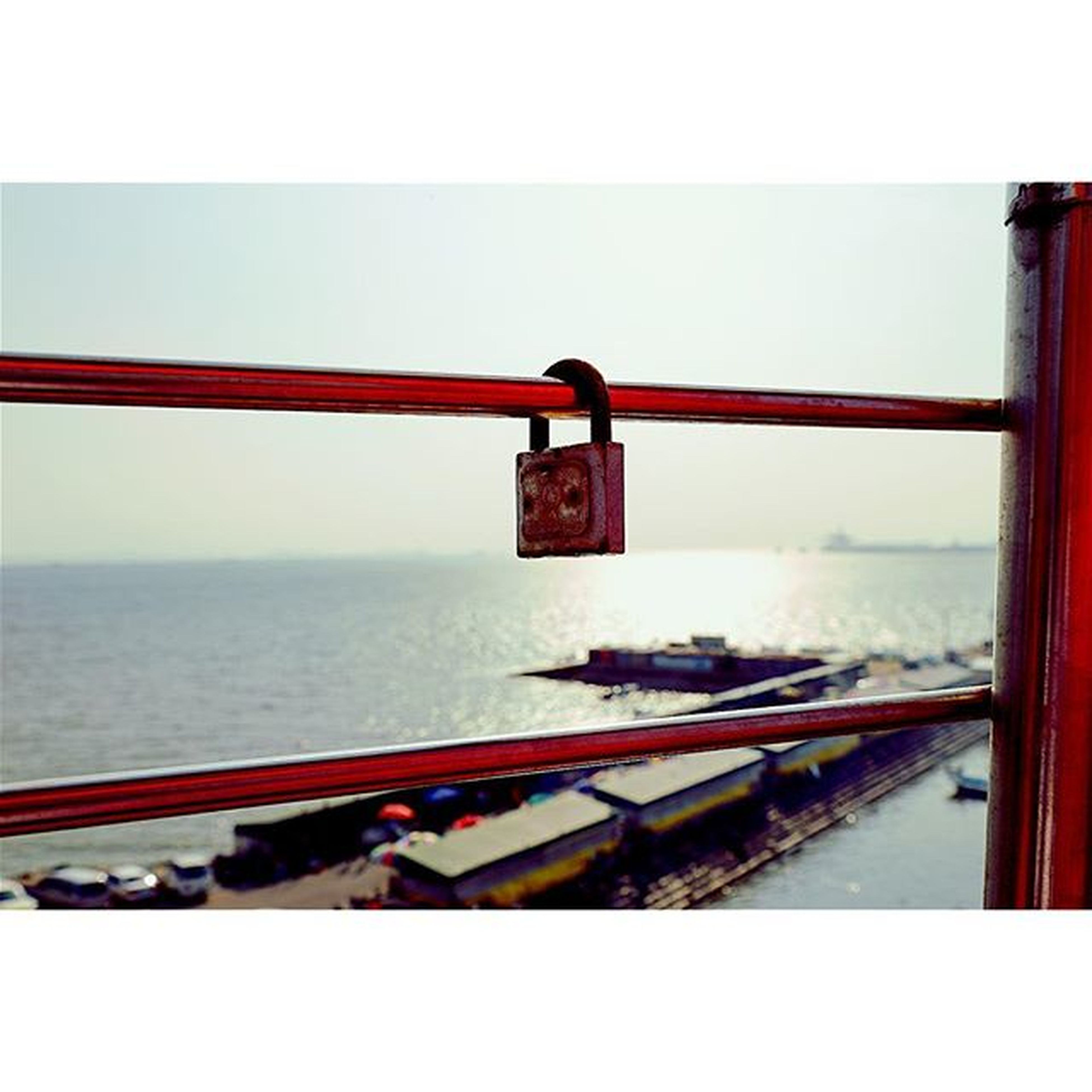 Lock!! 사진 사진스타그램 사진찍기 스냅사진 스냅 스냅스타그램 스냅샷 오이도 오이도빨간등대 원정 제준 영기 드라이브