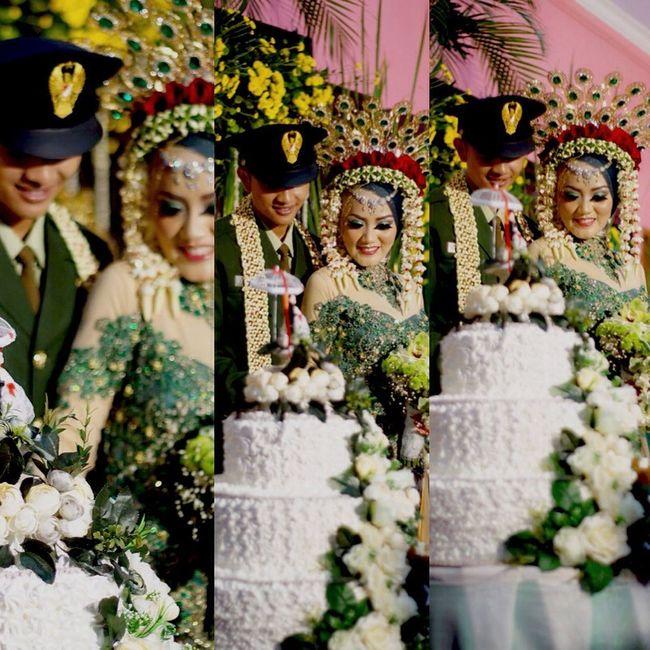 Happy wedding day....