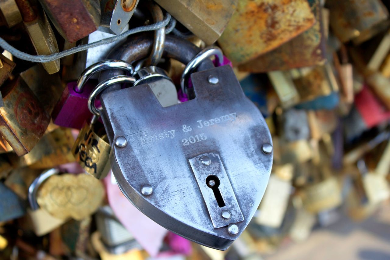 One day, on a bridge, in Paris! Love. Always. Forever. 2015  Amour Bookeh Bridge Cadenas De L'amo Cat Close-up Day Kristyandjeremy Lock The Love  Love Love Photography No People Padlock Paris Paris City Of Love Paris Ville De L'amour