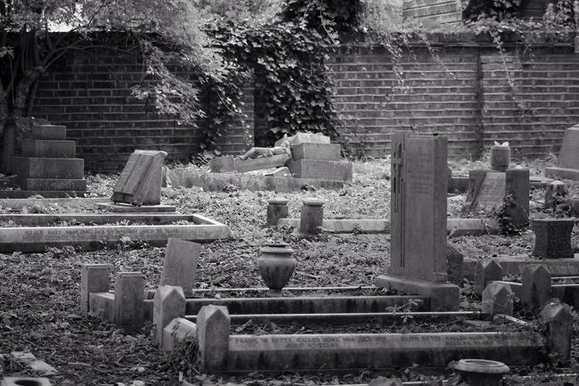 Cemetery Tombstone Memorial Graveyard Gravestone Blackandwhite Black&white Photography Blancoynegro Creative Photography South West London Canon Canonphotography Graveyard Beauty Burial Ground Old Black & White Churchyard