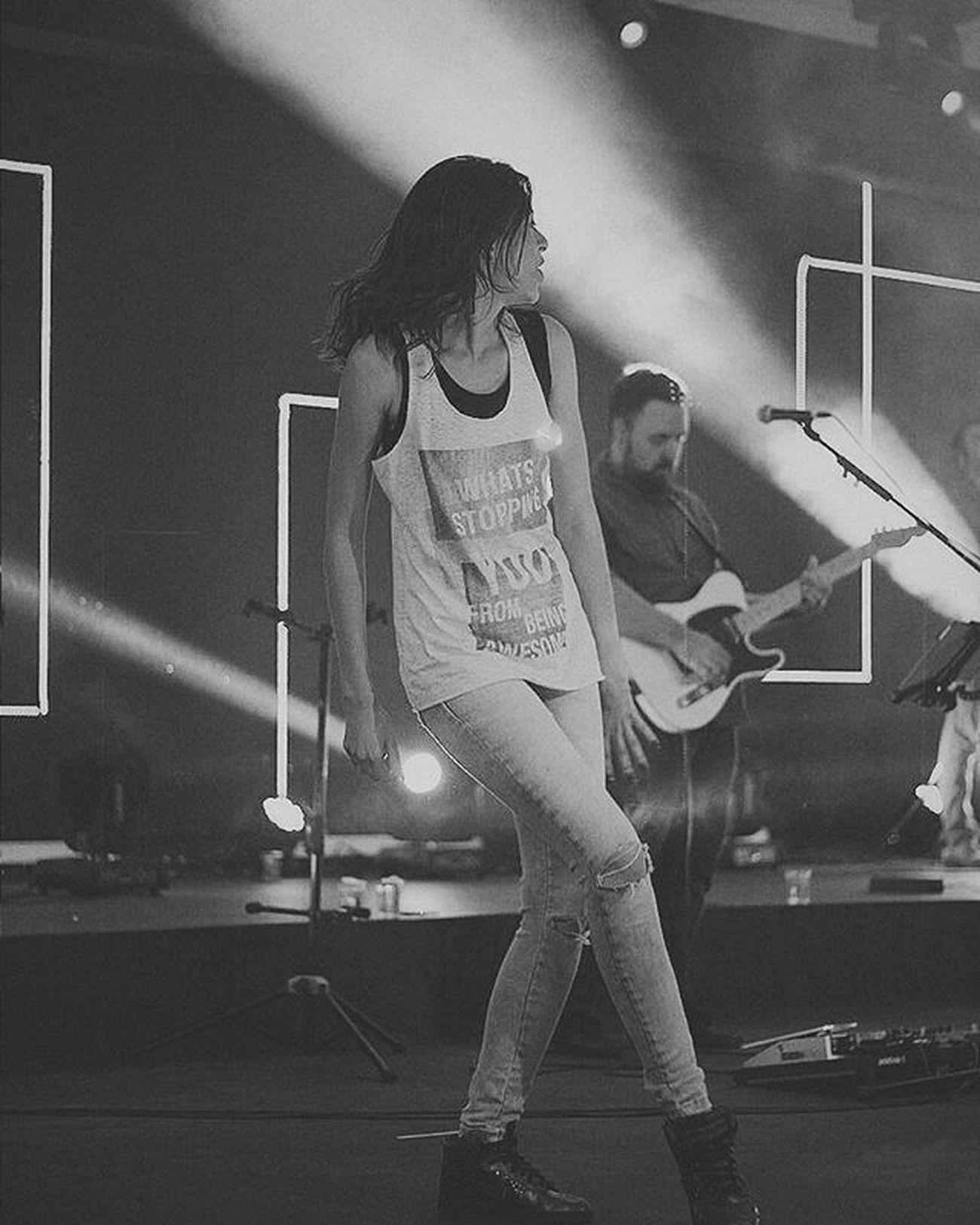 Tá aí uma das coisas que eu mais amo fazer: Dançar! ❤ Diainternacionaldadança Dance God Love Worship