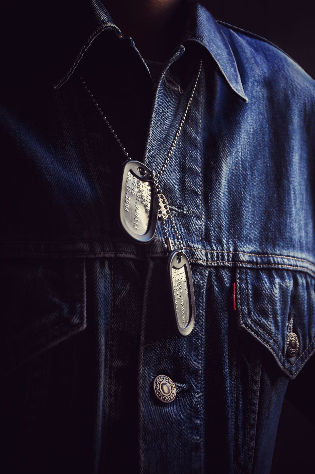 Fashion Clothing Close-up Pocket  Jeans Studio Shot Army Life Dog Tags Dog Tag Only Men Adults Only People Jeans Jacket Jean Jacket Levi's Levi's® Levi's Strauss From My Point Of View My Unique Style Window Light And Shadow Motion Capture Army Style