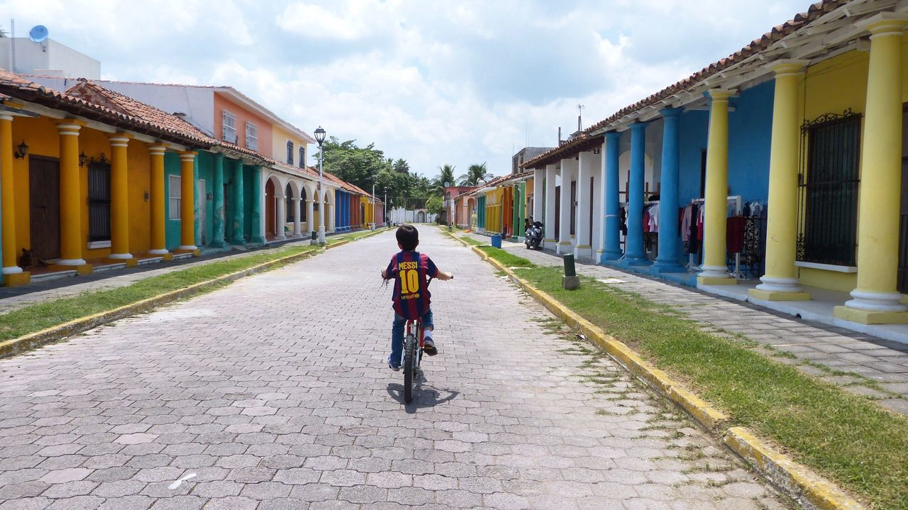 Traveling Tlacotalpan Veracruz, México Discovering The Journey Is The Destination Street Photography Bicycle Kid Live For The Story