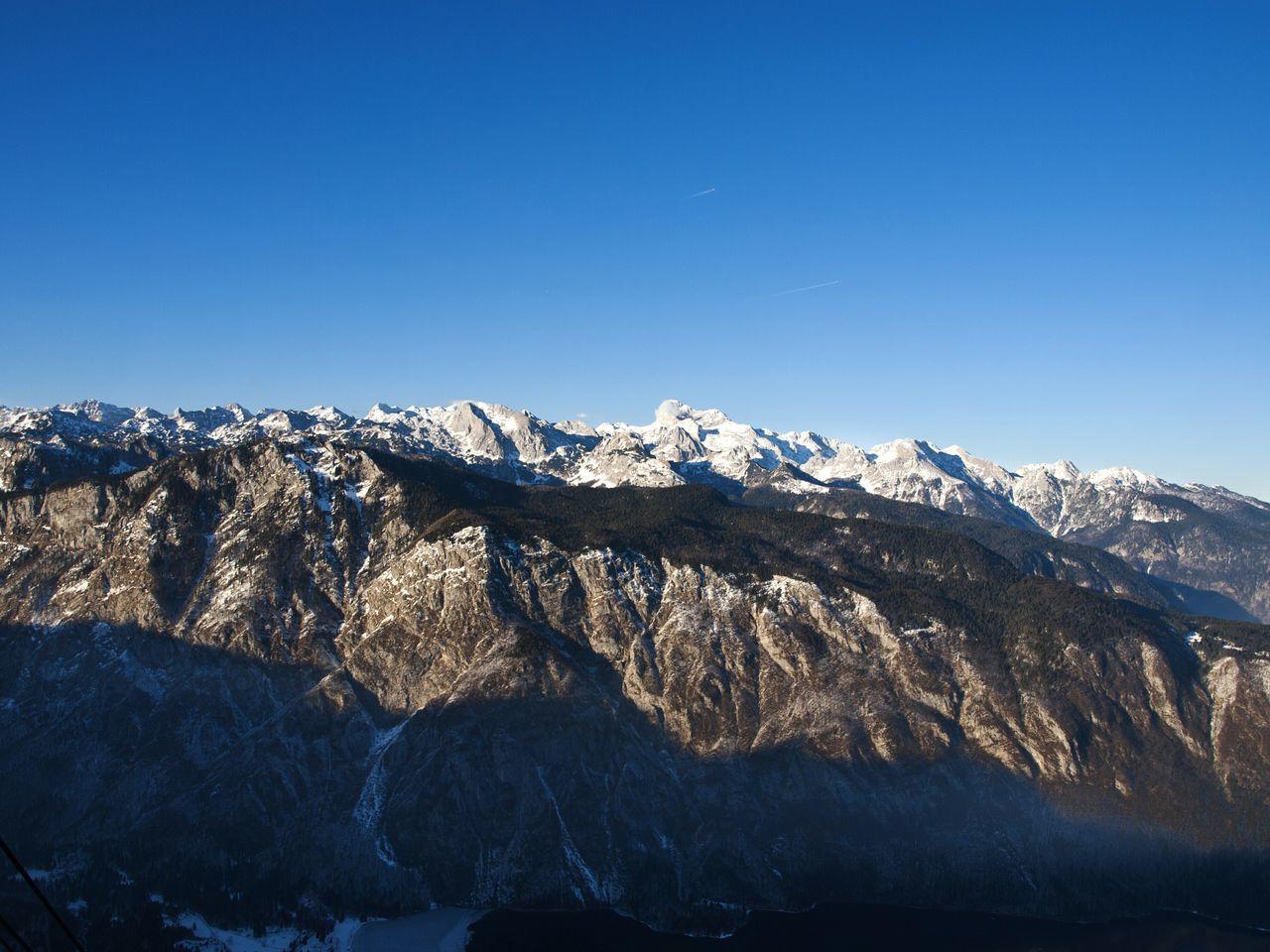 Mountain Winter Nature No People Snow Beauty In Nature Outdoors Blue Slovenia Vogel Bohinj, Slovenia Clear Sky Sky