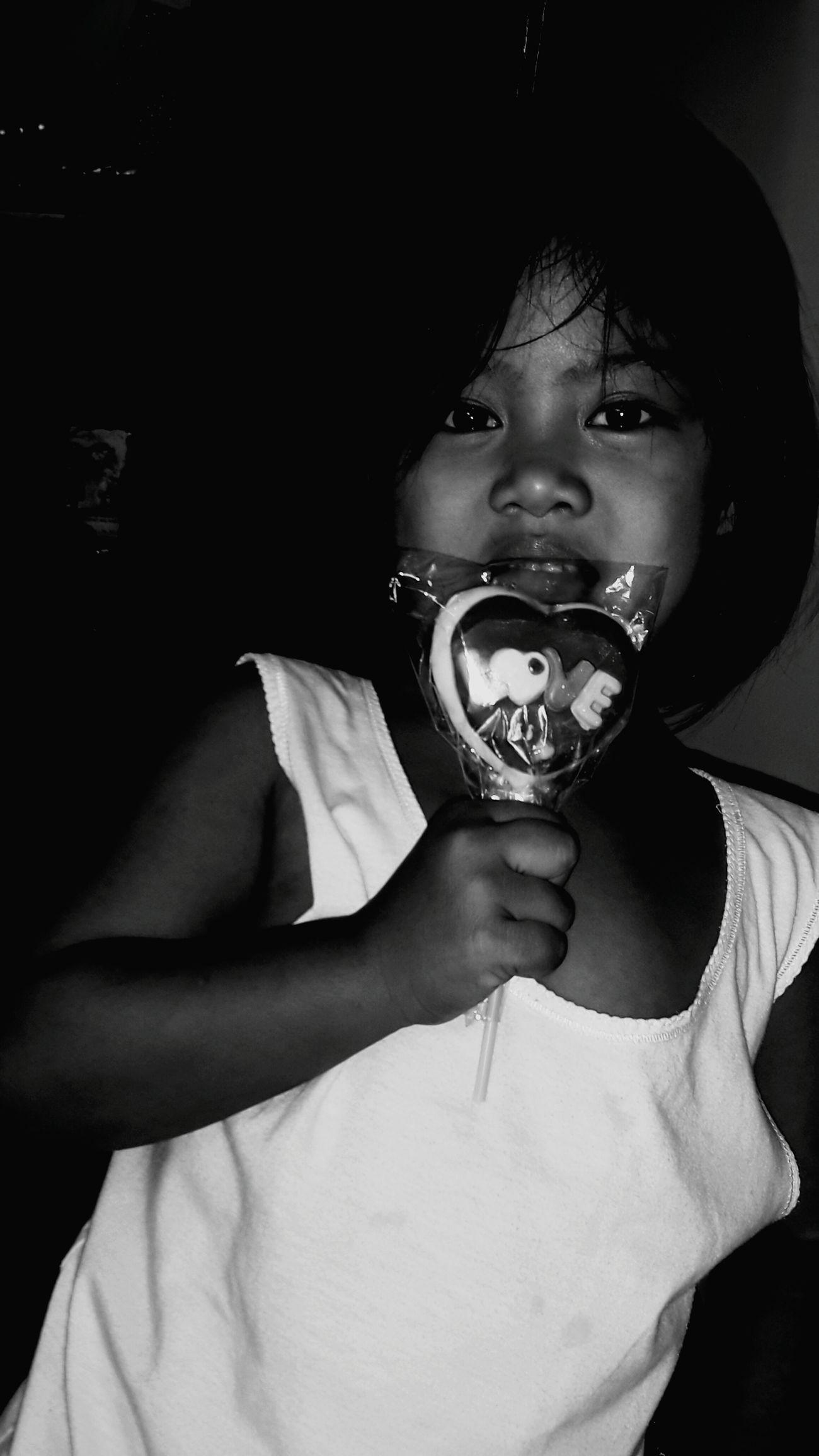 Mondaymorning gift frm. My dearest babii sister.. ate lavs u so much babii Hello World First Eyeem Photo