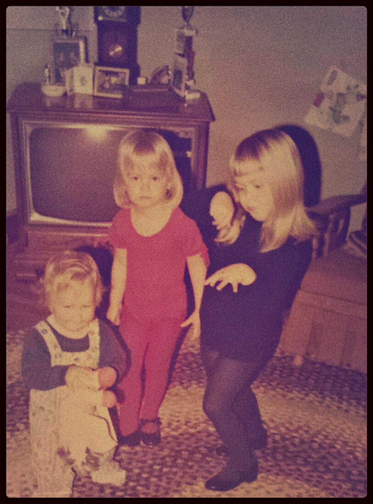 my awesome dance moves were unmistakable even at an early age. That's Me Throwback Old Family Pictures ❀ The 70's ❀