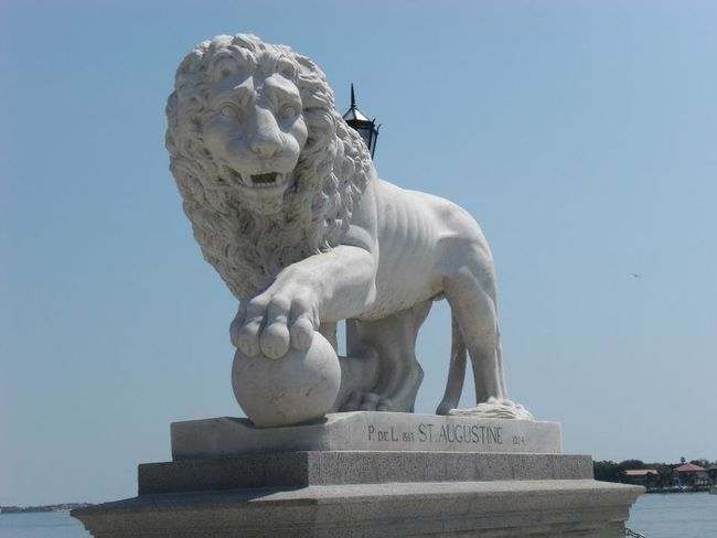 Bridge Of Lions Bridge Of Lions St. Augustine, FL Lion Lion Statue St. Augustine, FL  First Eyeem Photo
