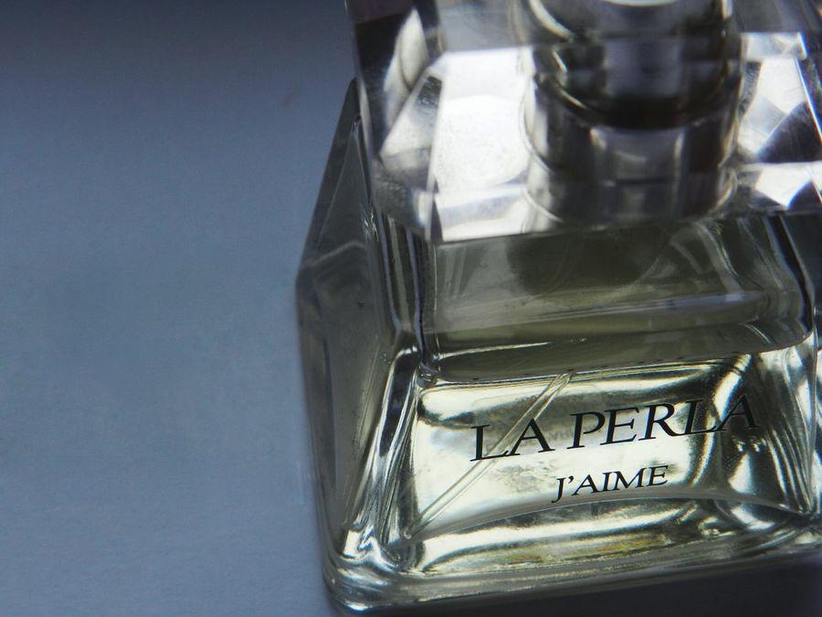 Glass - Material Transparent Close-up Still Life Indoors  Glass Perfume Laperla