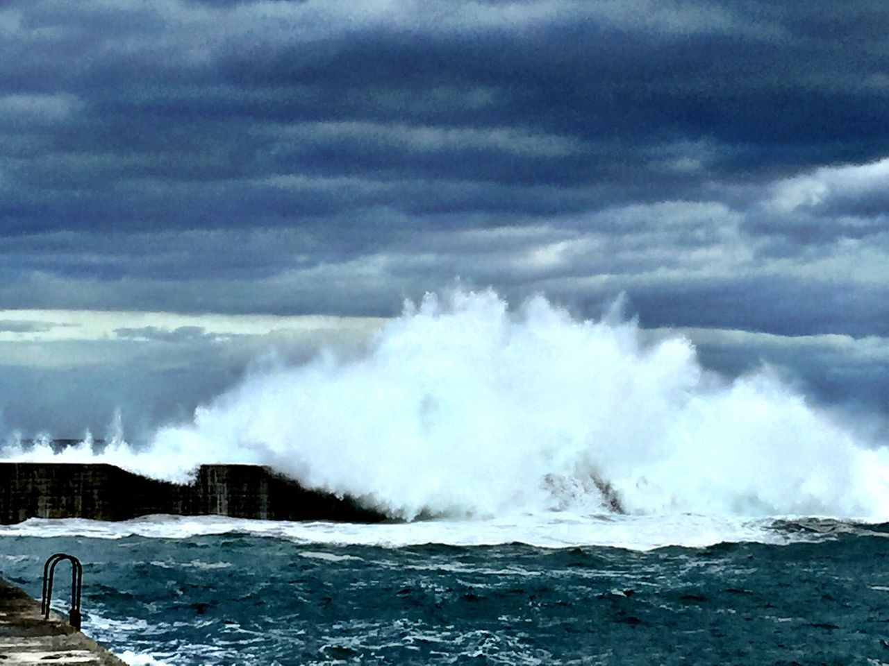 power in nature, sea, motion, water, breaking, nature, no people, outdoors, crash, force, rough, beauty in nature, day, sky, cloud - sky, wave, hitting