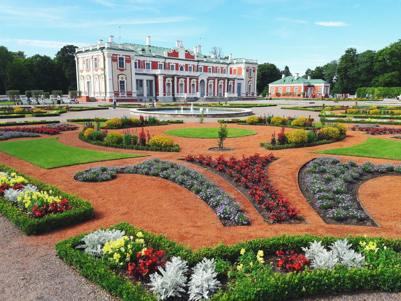 Beautiful place to visit Tallinn Estonia Palace Castle Architecture Garden Kadriorg First Eyeem Photo