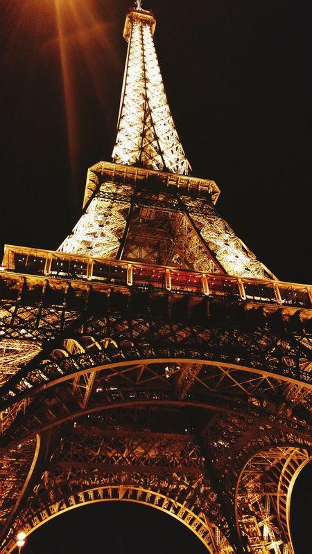 Where I am in this moment... 😍😍😍 Paris Tour Eiffel Eiffel Tower Eiffel Eiffeltower Monuments Monument Monumento Monumentos  Eiffle Tower Torre Eiffel Parigi Francia Parigine Parigine Time Parigi Francia Paris France Bateau Senna Viajando Viajar Viaggiare Viaggio Viaggi Viaggiando Viaggio... Promenade Paseo