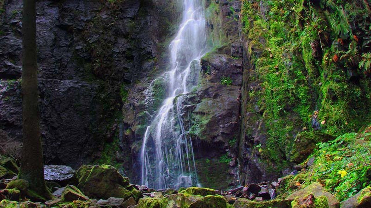 Burgbach-Wasserfall HDR Landscape Waterfall Gf_germany