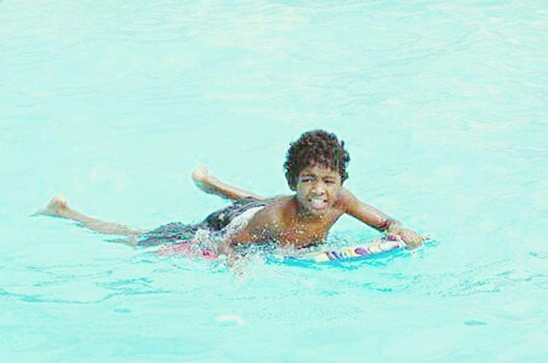 Bodyboarder Hang Loose Chillin Hanging Out Funfunfun Enjoying Life Hanging Out ✌ Pooltime Summertime Sunshine💛