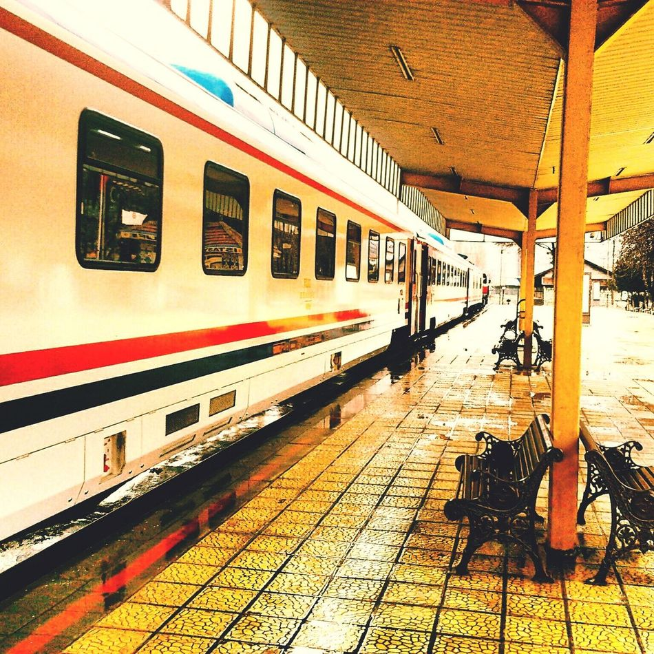 Train Train Station Silent Silence Travel Traveling Photography Photo Hello World Sleeping Travel Photography Travelling Travelphotography Train Tracks Trains Trainstation Trainphotography Trains_worldwide Train_of_our_world Trains_r_the_best Train Ride Shooting Trainride