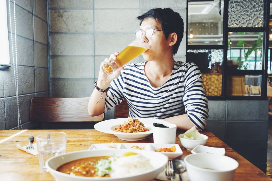 Beautiful stock photos of beer, 25-29 Years, Asian And Indian Ethnicities, Beer - Alcohol, Bowl