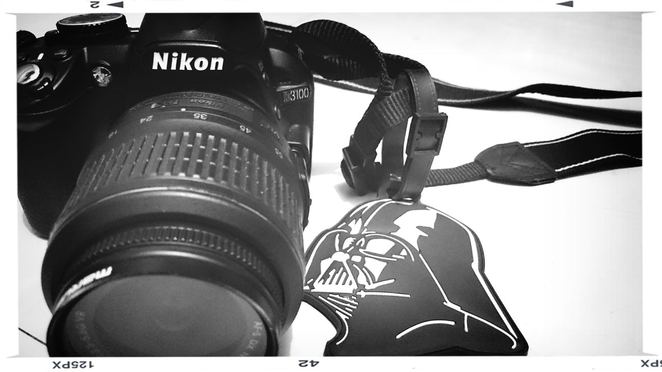 May the shot be with you ? Nikon D3100 Darth Vader Star Wars BagTag