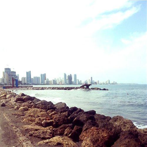 Citylife On The Beach Vista Cielo Azul Hello World Relaxing