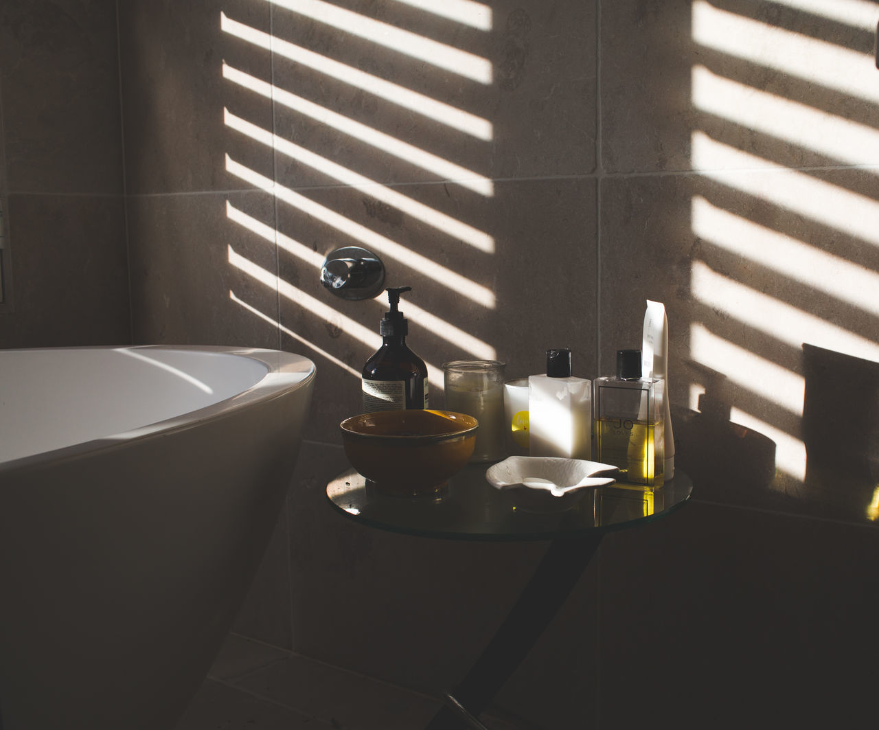 Beautiful stock photos of bath, Bathroom, Bathtub, Day, Domestic Bathroom