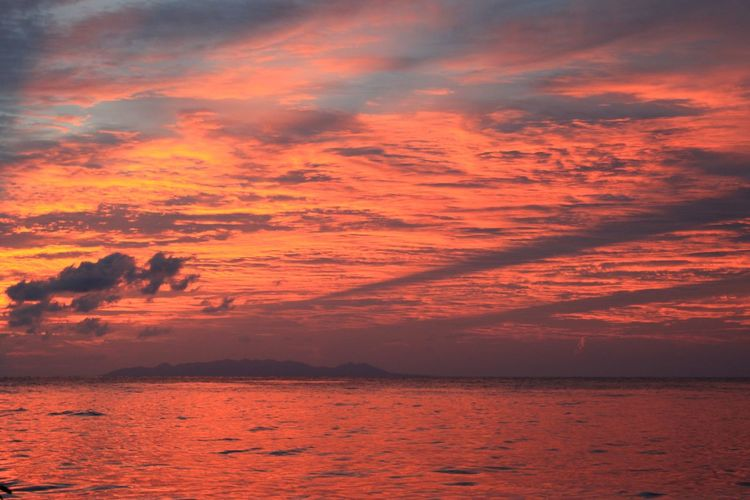 Beauty In Nature Cloud - Sky Day Horizon Over Water Idyllic Nature No People Outdoors Scenics Sea Silhouette Sky Sunset Tranquil Scene Tranquility Water Waterfront