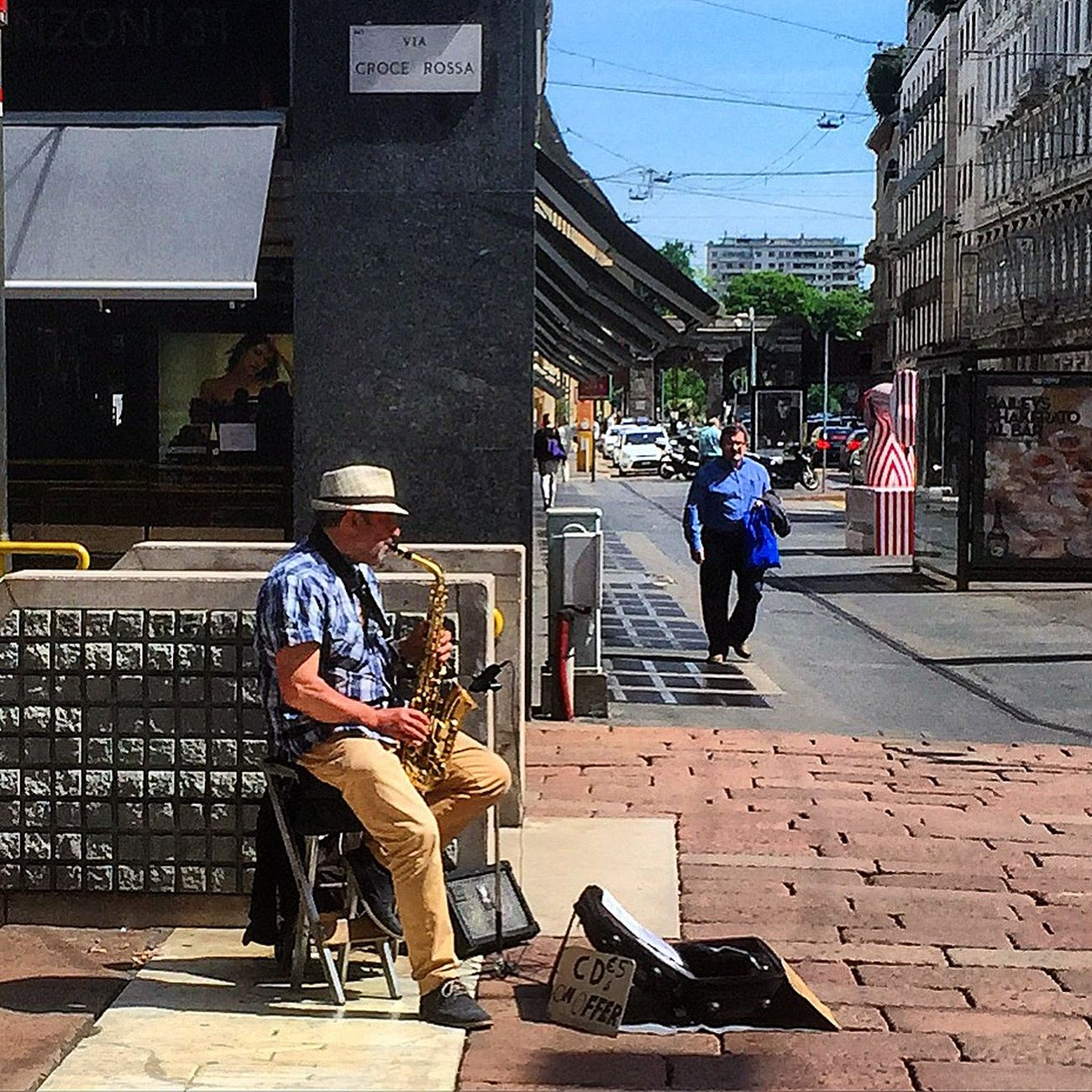 My Smartphone Life music Streetview Man At Work Street Musician Musician Musicien