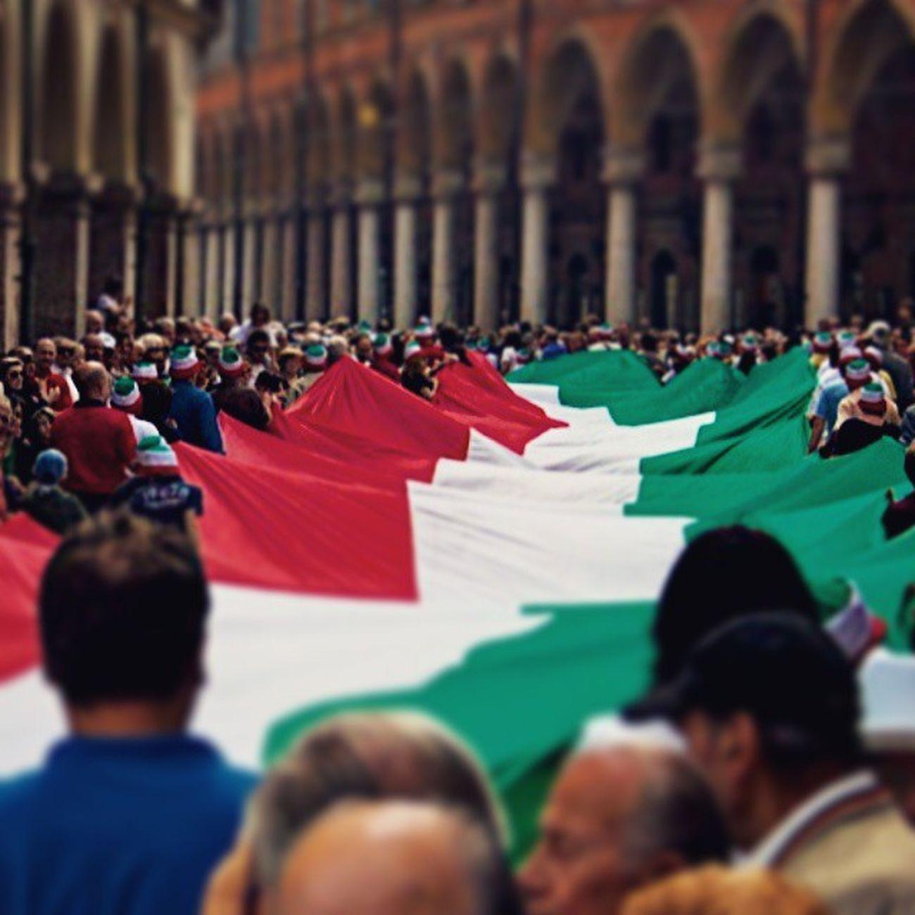 2giugno Festadellarepubblica buon compleanno Repubblica Italiana Ig_modena Igersmodena