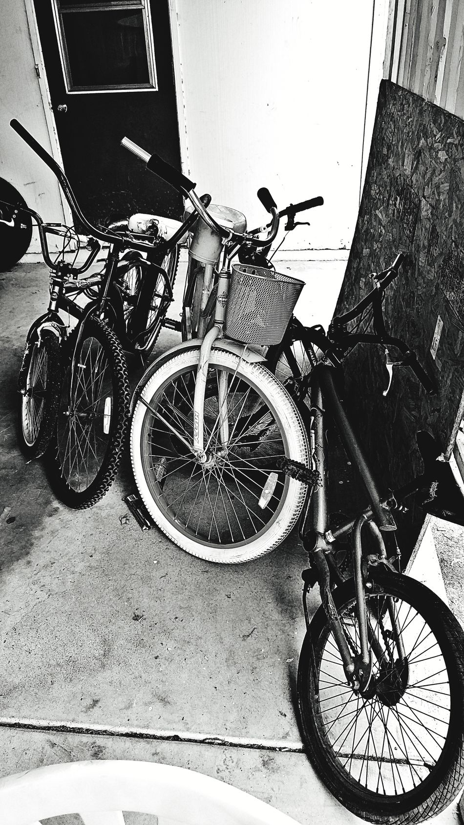 bikes Bicycle Mode Of Transport Stationary Transportation Land Vehicle No People Outdoors Day Check This Out EyeEm Gallery Alleyezonmayphotography EyeEm Best Shots Black And White Photography Mesa Arizona