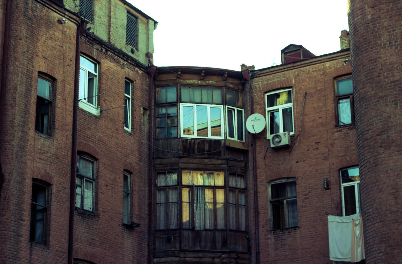 Abandoned Architecture Building Exterior Built Structure Day Low Angle View No People Old Buildings Old Ruin Old Town Oldcity Outdoors Photography Photooftheday Picoftheday Sky Window Windows
