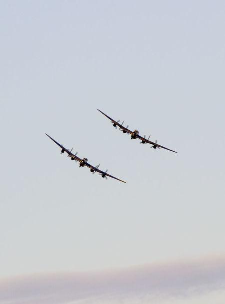 2 Lancasters Airplane Bom Bombers Lancaster Bomber Sky Ww2