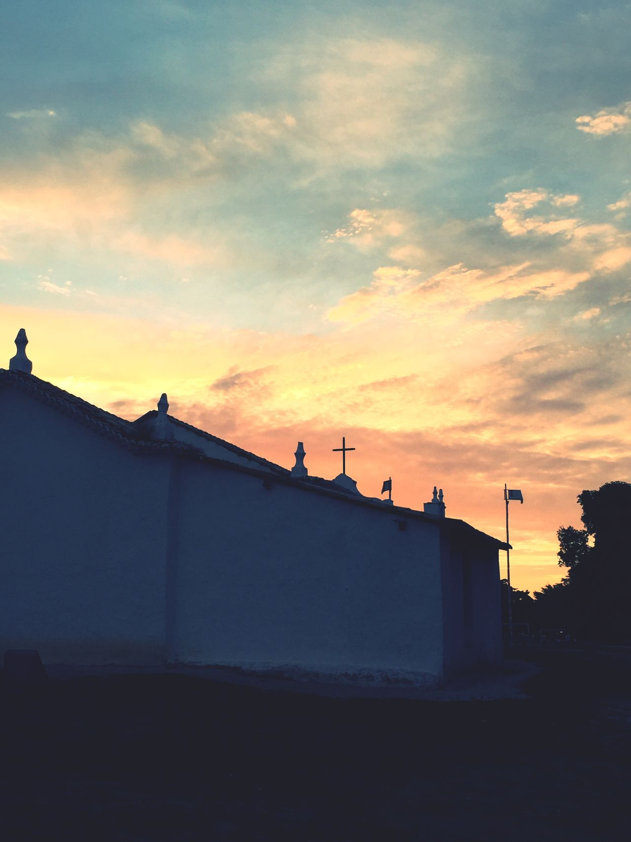 Church Trancoso - BA Sunset #sun #clouds #skylovers #sky #nature #beautifulinnature #naturalbeauty #photography #landscape