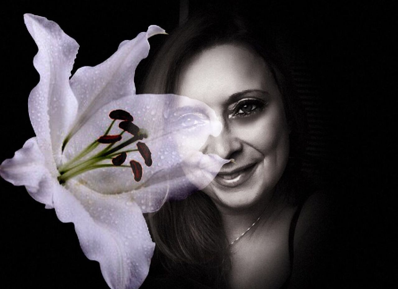 Flower Petal Beauty In Nature Young Adult Portrait Young Women Beauty Plant Close-up Nature Happiness Lilymayparker.blogspot.be Lily May Collection Old Soul  Lily May Parker Mixed Media Art Eye Models Flower Head Real People Freshness Fragility Beautiful Woman Indoors  Black Background Night