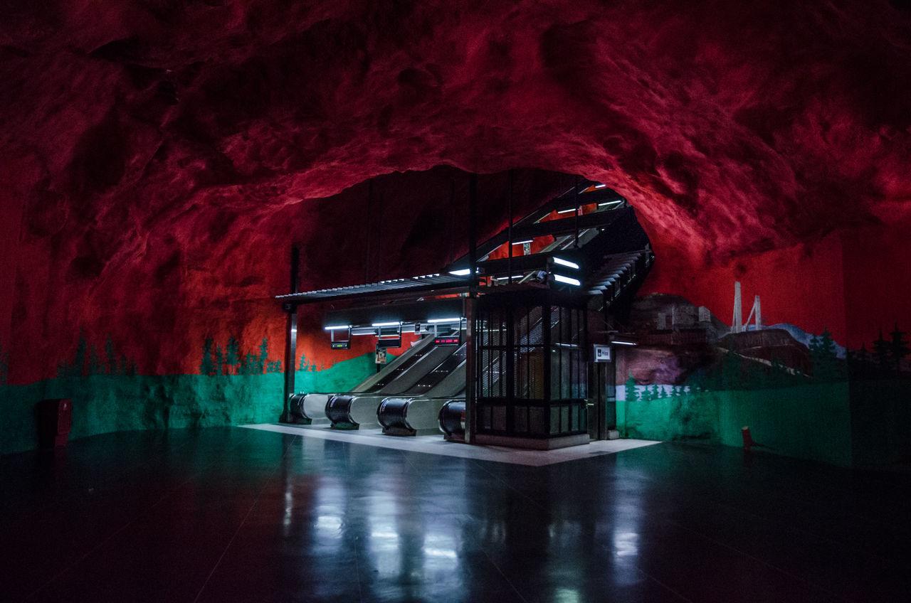 Cave of wonders. Stockholm Metro Architecture Stockholm Built Structure Architectureporn Architecture_collection Travel Destinations Metro Transportation Sweden Stockholm, Sweden Indoors  Underground Station  Subway Station Art Is Everywhere