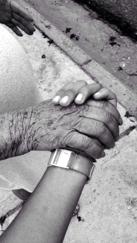 Eyeemphoto Love through the time Taking Photos Photography Hello World Hi! Check This Out Grandmother Love ♥ Hands