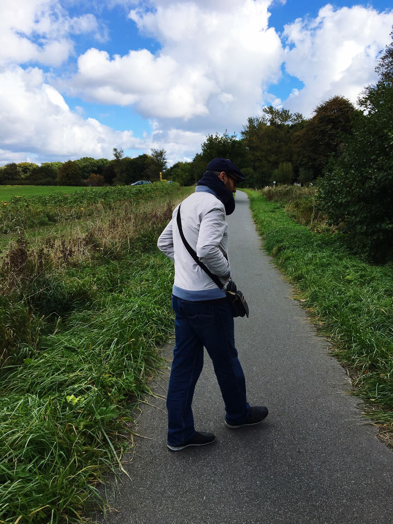 Full Length Rear View One Person GERMANY🇩🇪DEUTSCHERLAND@ Nature Sky Men Leisure Activity Standing Day Outdoors Grass Tree Only Men One Man Only Adult People Travel Model Pepole Real People Cold Days Traveling Home For The Holidays Finding New Frontiers
