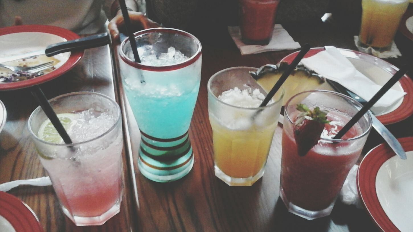 Drinks Food At TGI Friday's Lunch ?