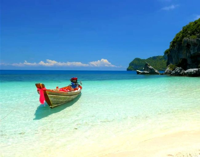 Krabi Thailand Beach Thailand🇹🇭 2017 Longtail Boat Sea Horizon Over Water Outdoors Beauty In Nature Sand Day Be. Ready. Eye4photography  Beautifull Nature Beauty Trending Now No People EyeEm Selects Nautical Vessel Vacations EyeEmNewHere Water Tranquil Scene