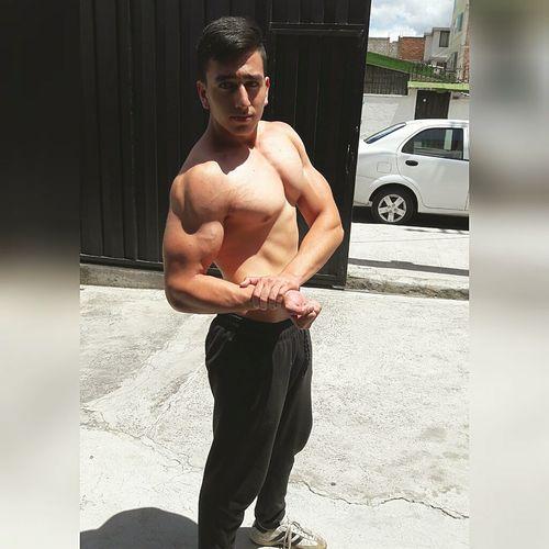 instagram:galvez260 Bodybuilding Workout Fit Fitfam Healthy Health Fitspo Eatclean Instagood Fitnessmodel GymLife Workoutmotivation Bestversionofyourself Fitnessblogger Body & Fitness Healthy Lifestyle Aesthetics