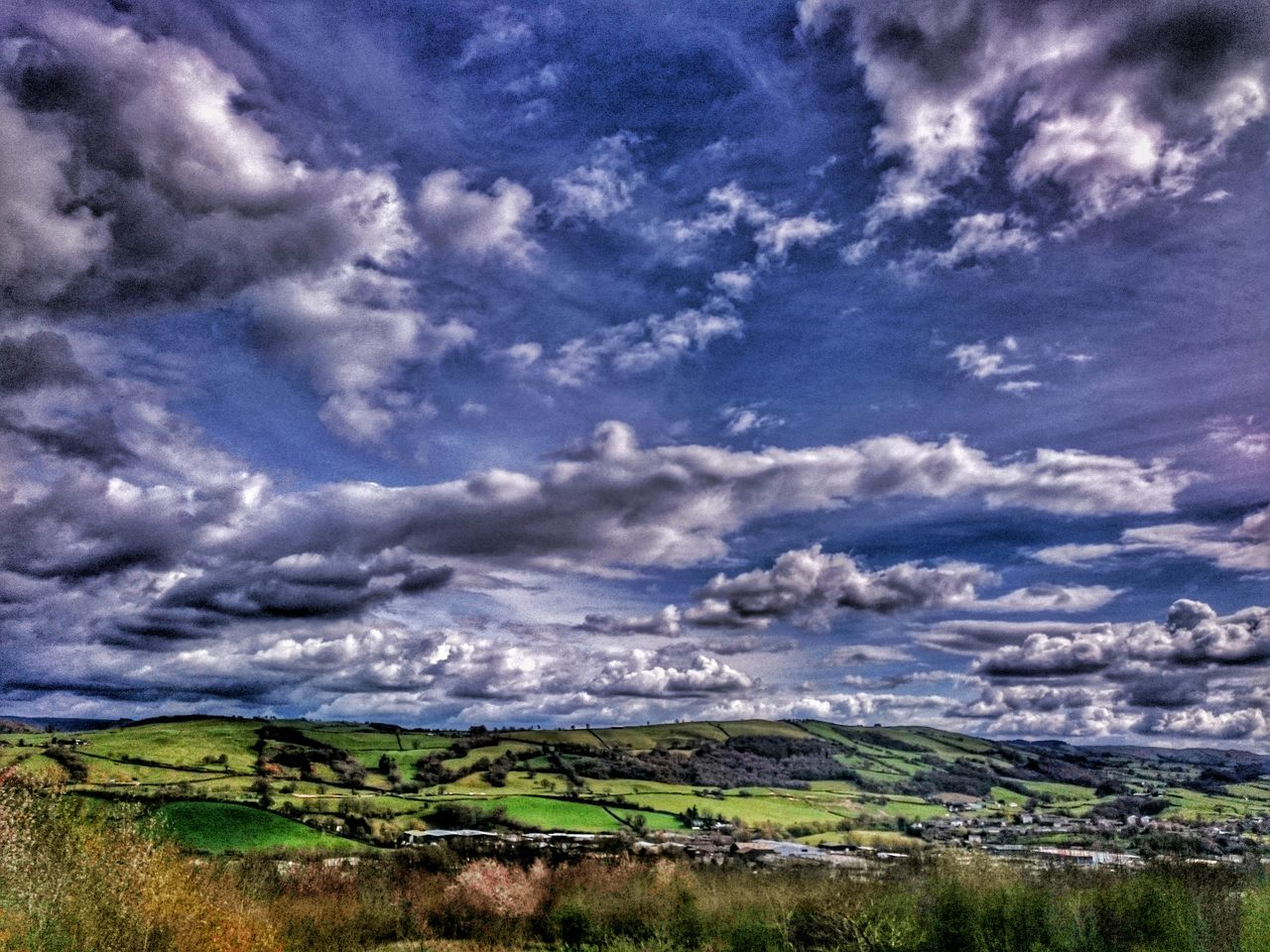 Wales You Beauty Sky Porn Sky And Clouds Skyporn Clouds And Sky Cloudporn Cloud - Sky Views Wales Powys Check This Out Wow Shot Distant View Time To Reflect Meditation Place Wales❤ Wales UK Sky_collection Skylovers Sky_collection Cloud Porn Best Shots EyeEm Snapseed_HDR Bestskylineever The Great Outdoors With Adobe